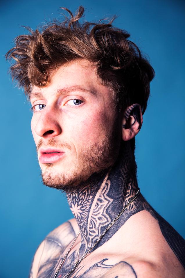 Model: Miles Kriek