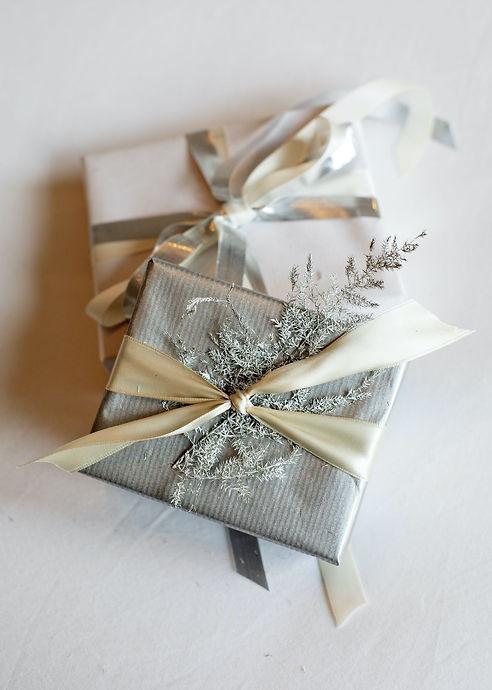 gift silver.jpg