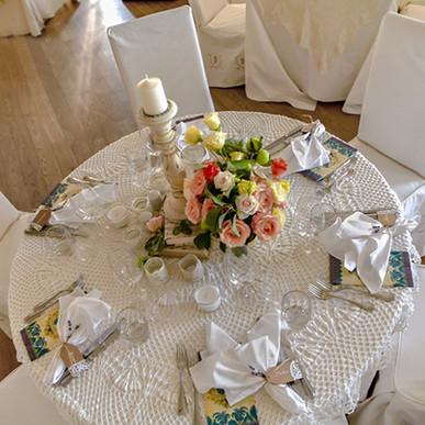 Сватбена декорация, Сватбен украса, Украса от живи цветя, Светбена рокля, Булчинска рокля
