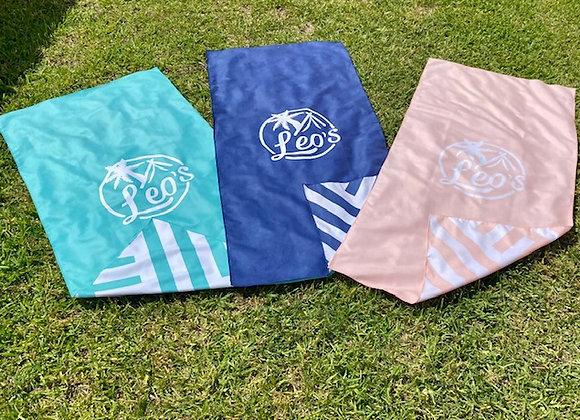 Leo's Microfiber quick dry towel