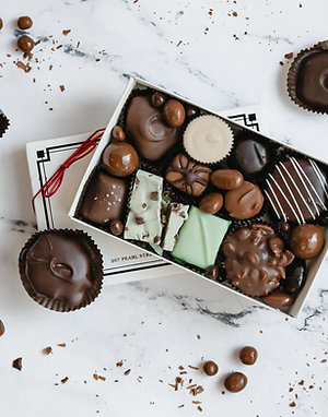 CLASSIC ASSORTED CHOCOLATE BOX