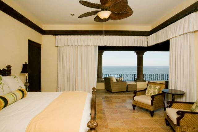 cabo - room2