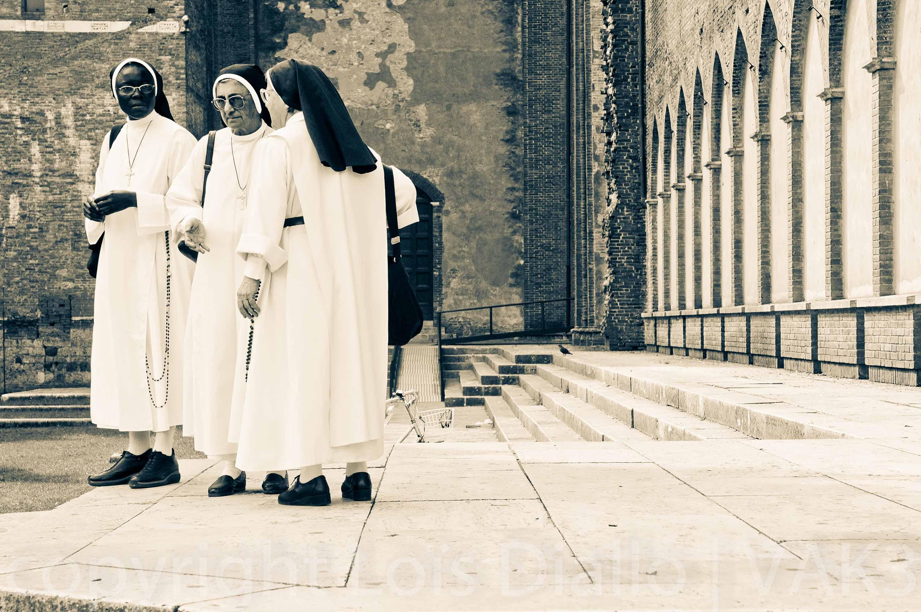multiculrele nonnen