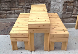 NYC restaurant outdoor tables