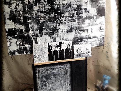 7 Days of Black &  White