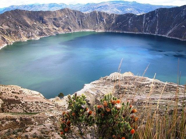 Quilotoa Volcano & Lagoon