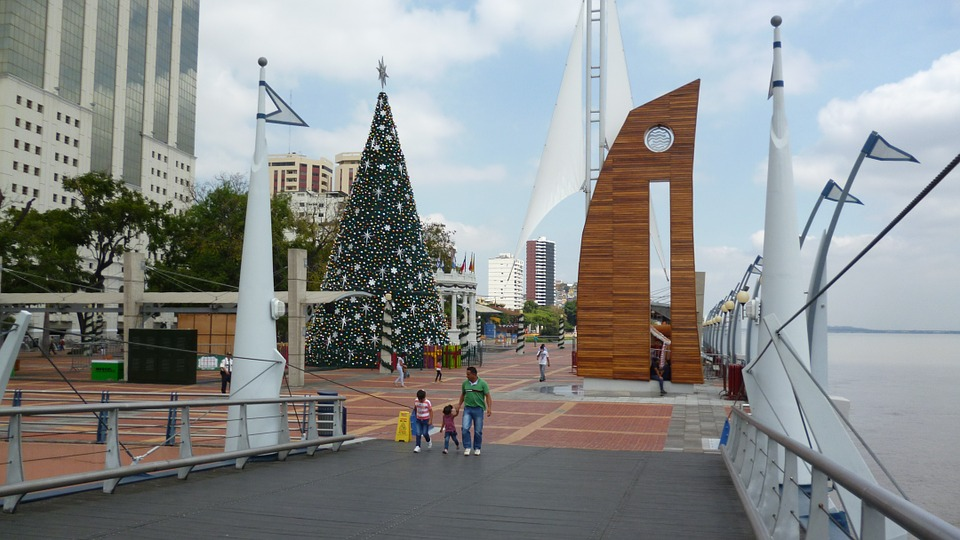 Malecon 2000 Recreational Pier