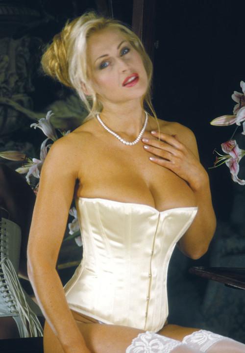 an inner corset could help defining the waist