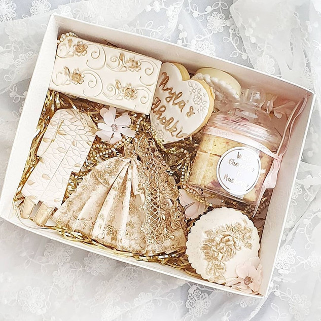 Wedding engagement treat box