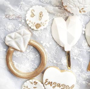 Engagement treat box treats