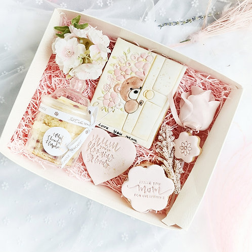 MOM treat box