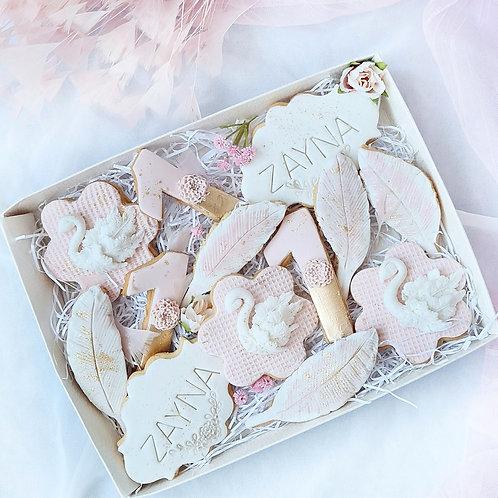 Magicle swans treat box