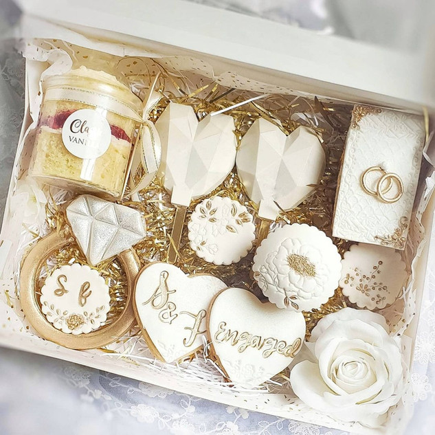 Engagement treat box