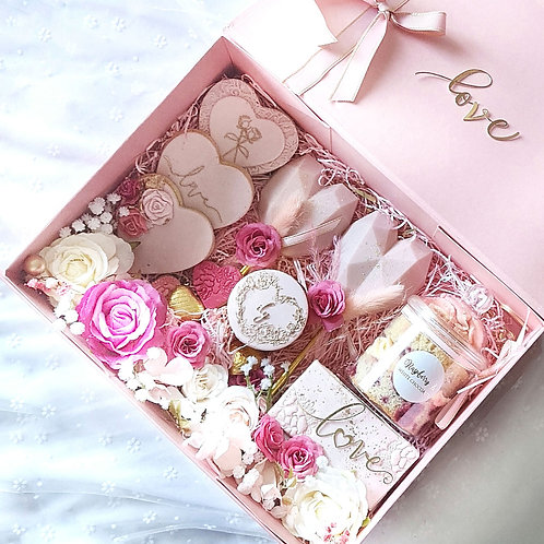Floral love themed treat box