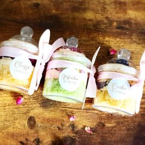 Luxury cake jars