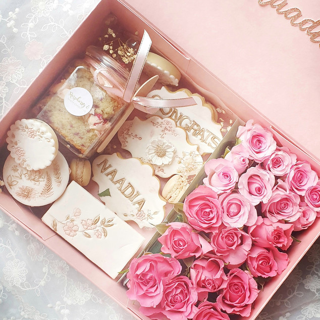 Bloom treat box