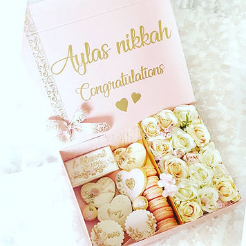Sweet Bloom Treat Box