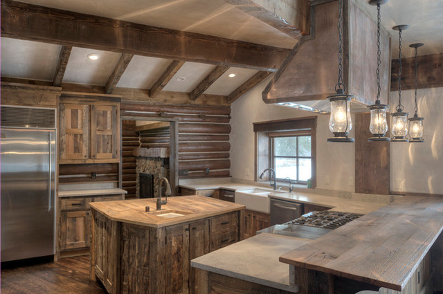 Mountain Scrape Kitchen