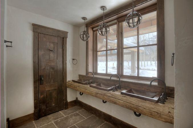 Mountain Scrape Bunk Bathroom