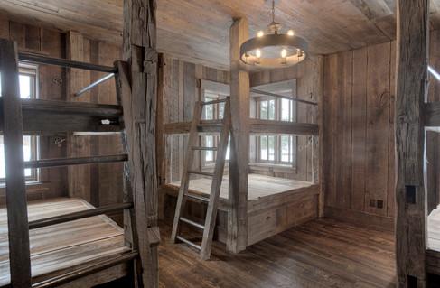 Mountain Scrape Bunk Room