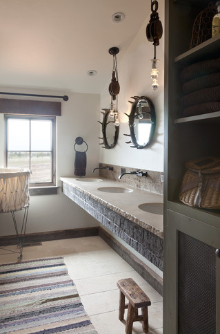 Rustic Bathroom Bunk