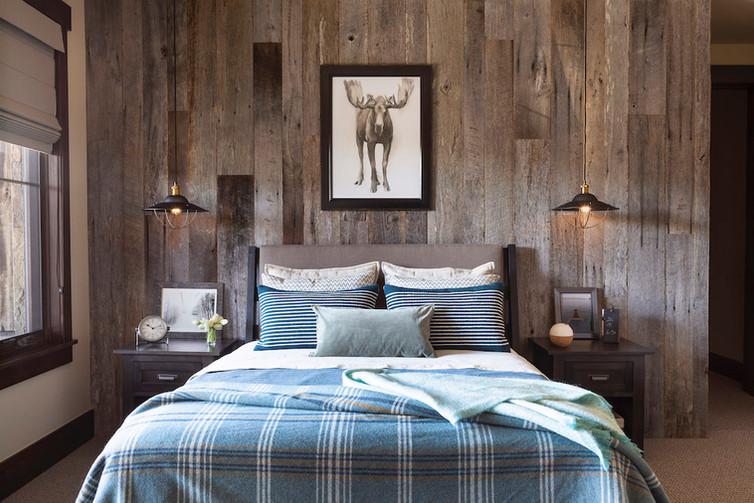 Mountain House Bedroom - Breckenridge