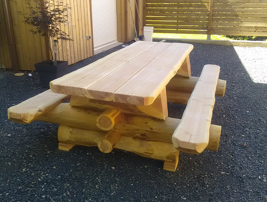 JBrondin-table-fuste-mobilier-en-rondin-