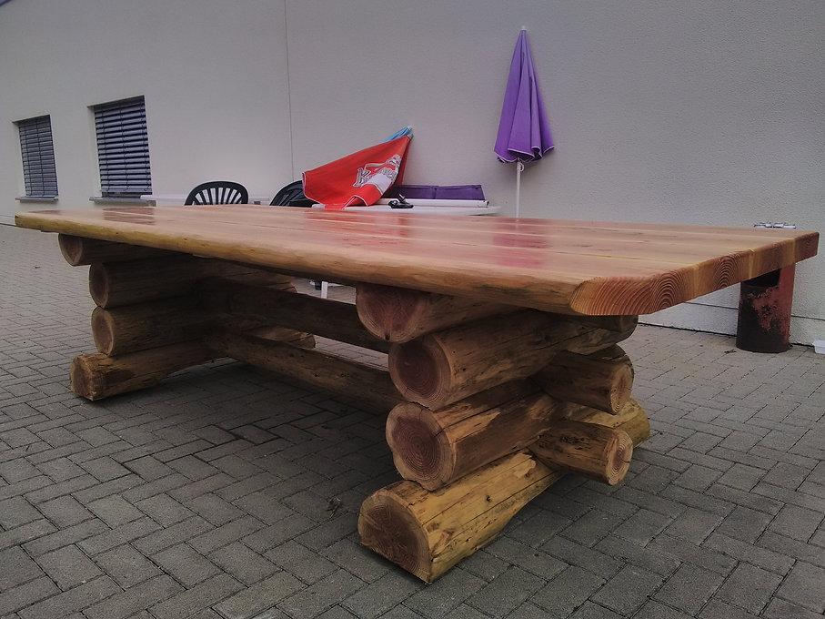 jbrondin-table-foret-salon-de-jardin-en-