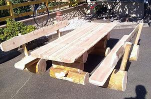 jbrondin-table-ours-table-fuste-mobilie-rondin-de-bois-entete_edited.jpg