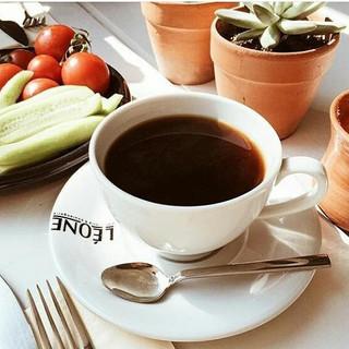 Photo - _coffeerem #coffee #latte #leonepatisserieboulangerie  #leonepatisserie #leone #chefsroll #chefstalk #chef # #instadesserts #foodart