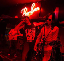 Ray.Ban Party4Change