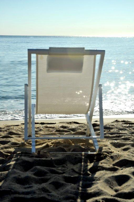 Beach chair white.4.jpg