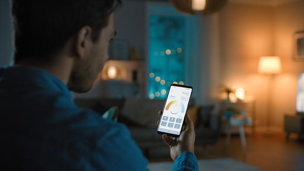 Adjusting smart lights with phone