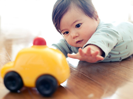 LET'S PLAY: INTERACTIONS TO STRENGTHEN BABY'S EMOTIONS.