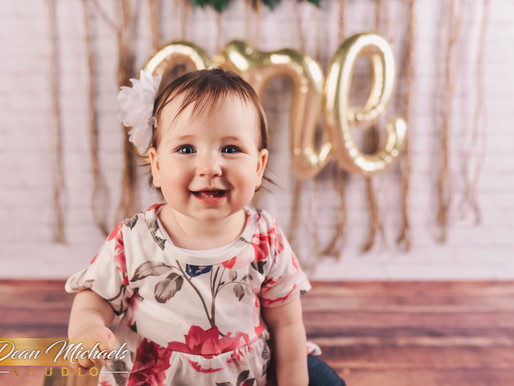 BIRTHDAY SESSION | BABY ADDISON