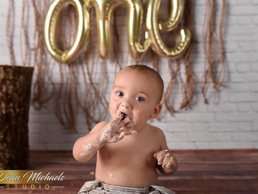 STUDIO CAKE SMASH | BABY DECLAN