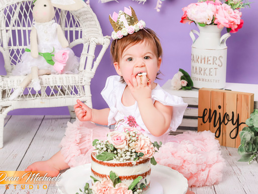 CAKE SMASH | BABY LEILA
