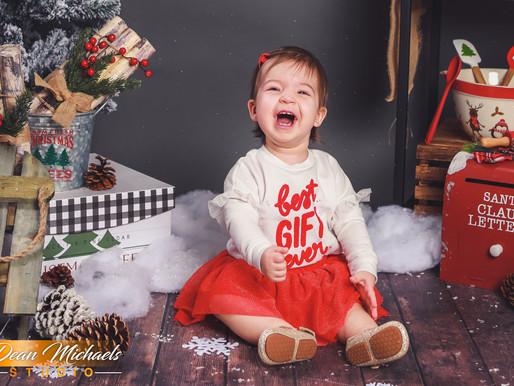 CHRISTMAS MINI SESSION | LEILA