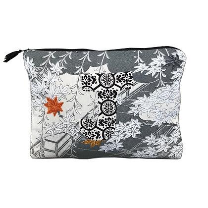 Vintage Japanese silk Kimono Pochette