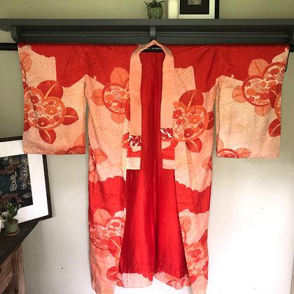 Vintage Japanese silk jacquard Kimono in floral design