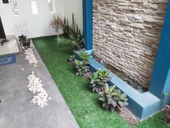 Jardinera con Pasto  Sintético Garden 32