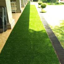 Reactivando espacios de jardineras con Pasto  Sintético
