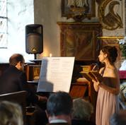 DSC06655.JPGConcert-lecture avec le pianiste Hector Cornilleau et Samantha Caretti