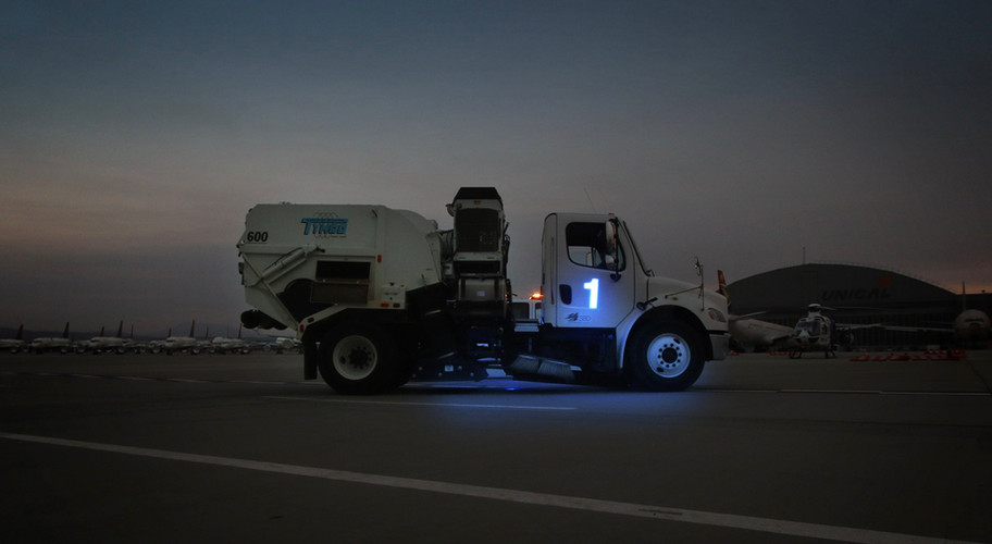 Airport Sweeper Lighted Truck Number.jpe