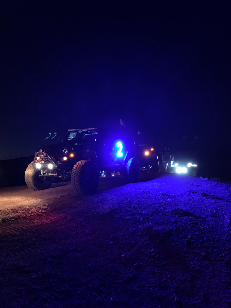 AirelXL Blue Jeep lighted numbers
