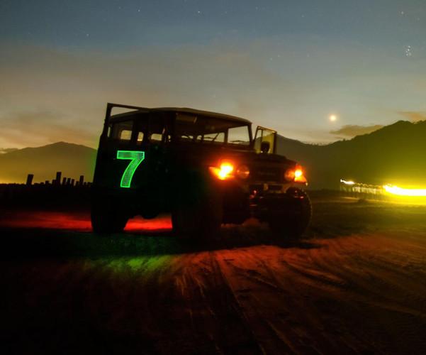 Illuminated Jeep numbers