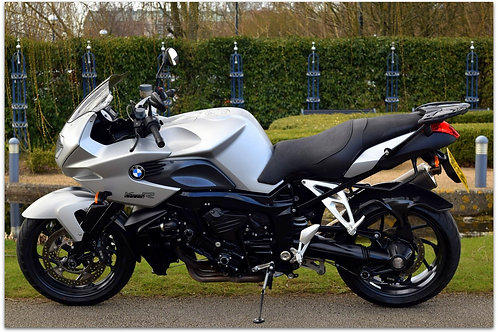 SOLD - 2010 BMW K1200R SPORT - ONLY 11,000 MILES