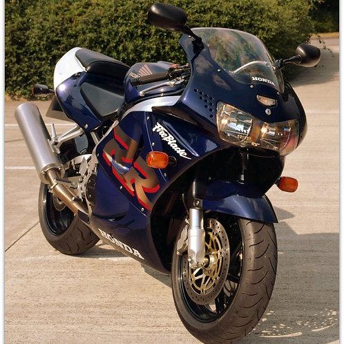 SOLD - 1999 CBR900R FIREBLADE