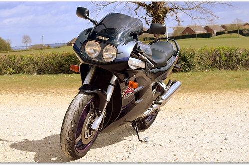 SOLD - 1995 Suzuki GSX-R1100 just 25,000 miles