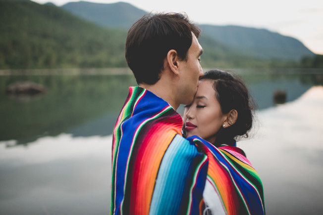 Rattlesnake lake engagement photoshoot